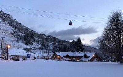 Llegó la nieve al Cerro Catedral
